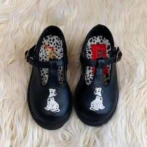 101 Dalmatians Girl's Shoes Size 5 and 1/2